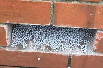 Spouwmuurisolatie: Isoleer uw muur met EPS-parels